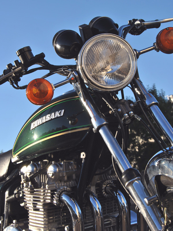 z900a4-1976-n11XXXX-10