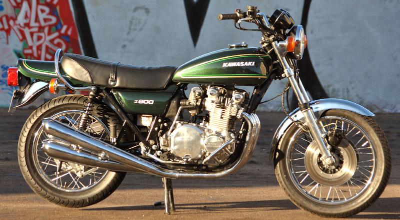 z900a4-1976-n11XXXX-principale