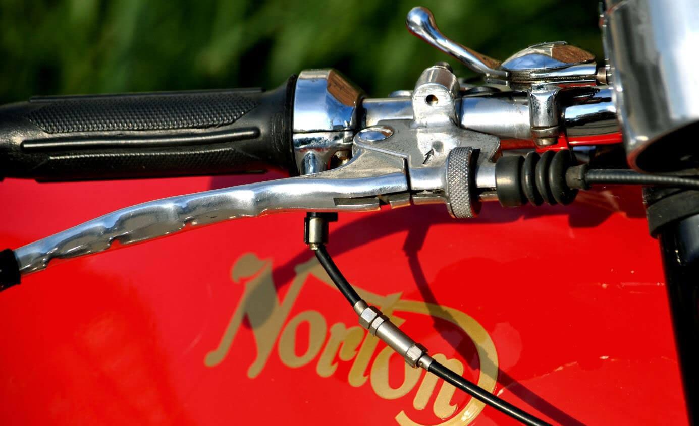 norton-commando-750-FASTBACK-133289-5