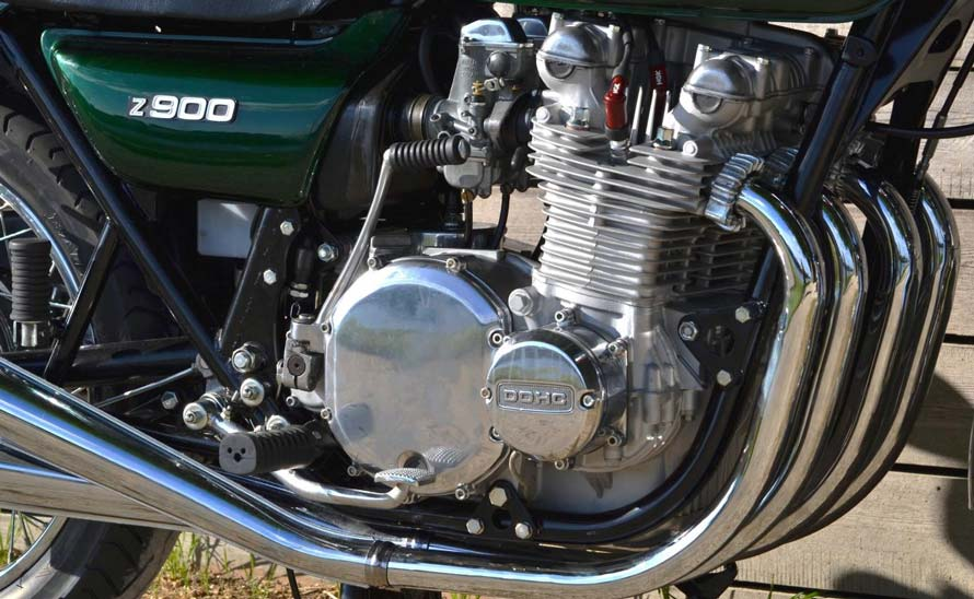 Kawasaki Z900 A4 1976 n -024