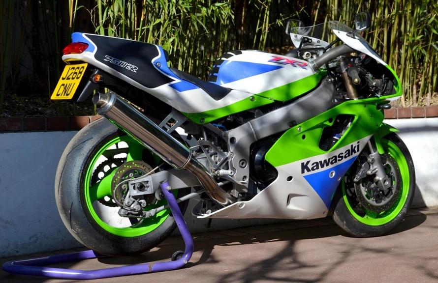 Kawasaki ZXR 750 R-011