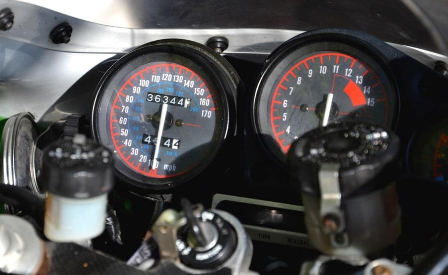 Kawasaki ZXR 750 R-015