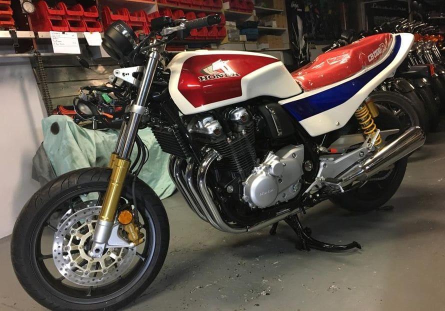 CB 1100 type R-027