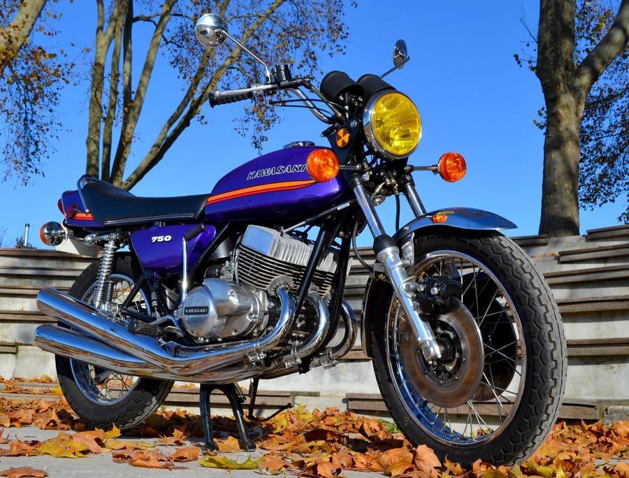 Kawasaki-750-H2A-1973-violet