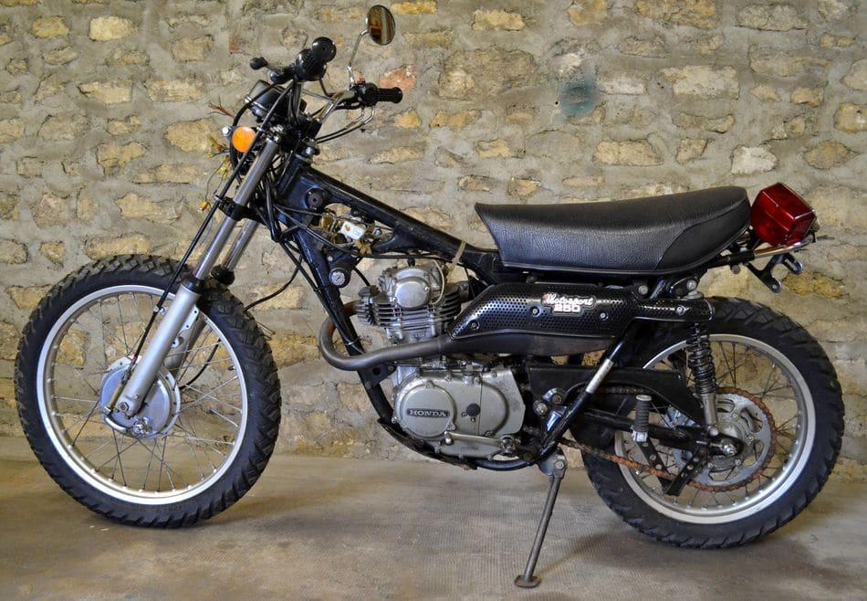 Honda-250-XL-K0-1973_04